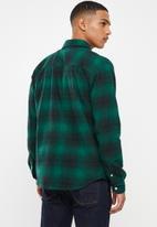 JEEP - Broad check long sleeve shirt - green & black