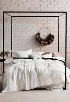 Linen House - Elysian duvet cover set - white
