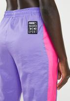 PUMA - Retro pants - purple & pink