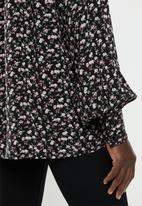 edit - Gauged boat neck blouse - black & pink