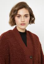 Vero Moda - Annika short teddy jacket - burgundy