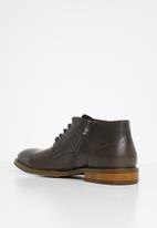 POLO - Collin leather distressed boot - grey