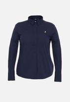 POLO - Plus Arabelle concealed front shirt - navy