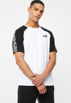 PUMA - Amplified raglan tee - white & black