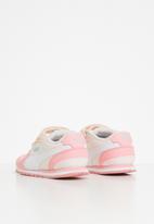 PUMA - St runner v2 nl v infant - pink
