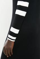 POLO - Norma knit dress - black & white
