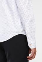 Pringle of Scotland - Luis long sleeve styled shirt - white