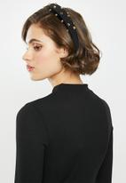 Glamorous - 3/4 Sleeve mini bodycon dress - black