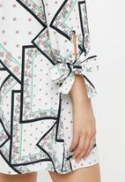 Glamorous - Geometric flower tunic - multi