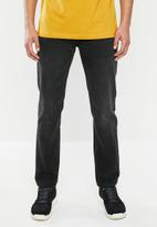 Superdry. - Conor tapered jeans - black