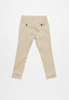 GUESS - Guess boys classic chino pants - beige