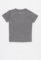 Nike - Futura smiles swoosh short sleeve tee - grey