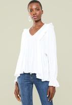 Superbalist - Feminine blouse - white