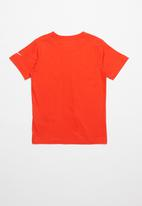 Nike - Nike whats next short sleeve tee - red