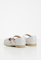Rock & Co. - Kay pump - silver