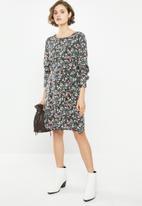 Jacqueline de Yong - Lauryn long sleeve boatneck dress - black
