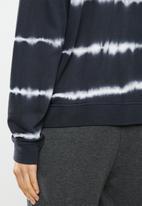 Jacqueline de Yong - Laila life long sleeve dyed sweat - black & white