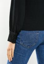 Vero Moda - Wigga long sleeve pleat top vip - black