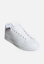 adidas Originals - Stan Smith - white
