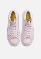 Nike - Blazer mid '77 - violet/sail-digital pink-opti yellow