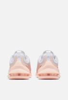 Nike - Nike Air Max axis - white/black-washed coral-aura