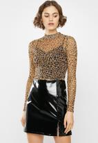 Missguided - Leopard high neck mesh long sleeve bodysuit - brown & black
