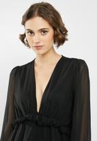 Missguided - Chiffon frill waist blouse - black