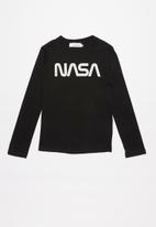 Superbalist - NASA logo long sleeve tee - black