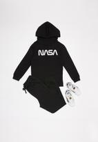 Superbalist - NASA hoodie - black