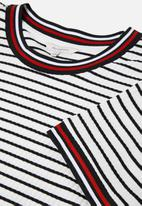 Carmakoma - Lou short sleeve bodycon dress - multi