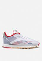 Reebok Classic - Classic Leather Alter The Icons - white/blue/red