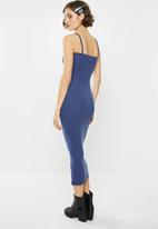 Missguided - Strappy square neck ribbed midi dress - blue