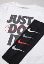Nike - Nike boys sport performance 2fer top - white