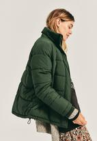 Cotton On - The mother puffer - khaki