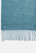 edit - Fringed infinity scarf - blue