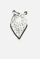 Superbalist - Polka dot neckerchief - black & white