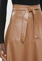 MILLA - Paneled pu circle skirt - tan