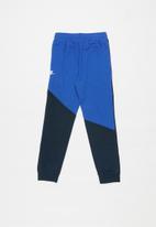 Nike - Nkb nsw amplify pant - blue