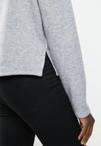 MILLA - Funnel neck top - grey