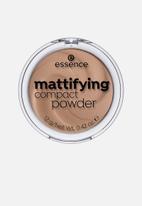 essence - Mattifying compact powder - 40 toast
