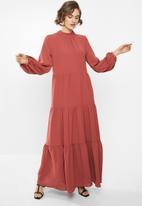 VELVET - Tiered maxi dress - spiced apple