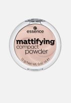 essence - Mattifying compact powder - 10 light beige
