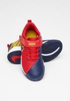 Nike - Boys Nike team hustle quick 2 - university red/midnight navy