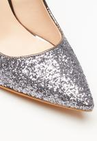 Sissy Boy - Glitz & glam court heel - gunmetal