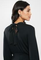 edit - Femme 3/4 sleeve dress - black