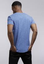 POLO - Mens Oliver short sleeve v-neck space dye - blue