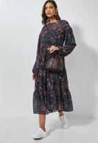 Superbalist - Tiered dress with slip abstract - multi