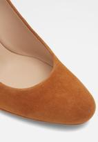 ALDO - Aurellin suede court - brown