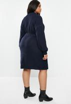 Glamorous - Plus knitted tie waist dress - navy