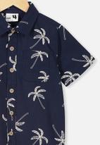 Cotton On - Resort short sleeve shirt - navy & white